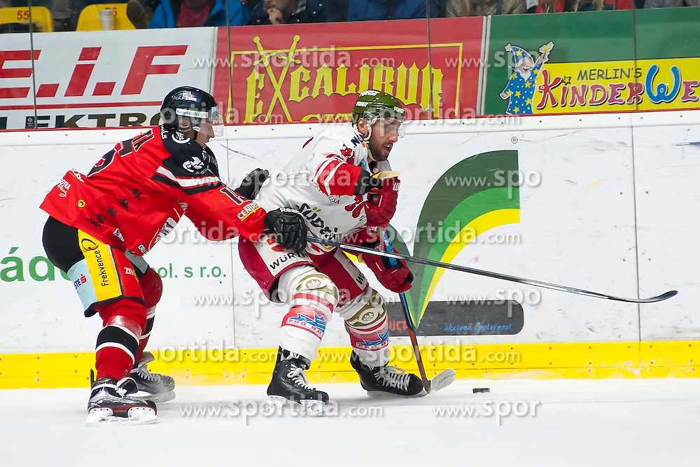 28.12.2015, Ice Rink, Znojmo, CZE, EBEL, HC Orli Znojmo vs HCB Suedtirol, 36. Runde, im Bild v.l. Antonin Boruta (HC Orli Znojmo) Jerry Pollastrone (HCB Sudtirol) // during the Erste Bank Icehockey League 36nd round match between HC Orli Znojmo and HCB Suedtirol at the Ice Rink in Znojmo, Czech Republic on 2015/12/28. EXPA Pictures © 2015, PhotoCredit: EXPA/ Rostislav Pfeffer