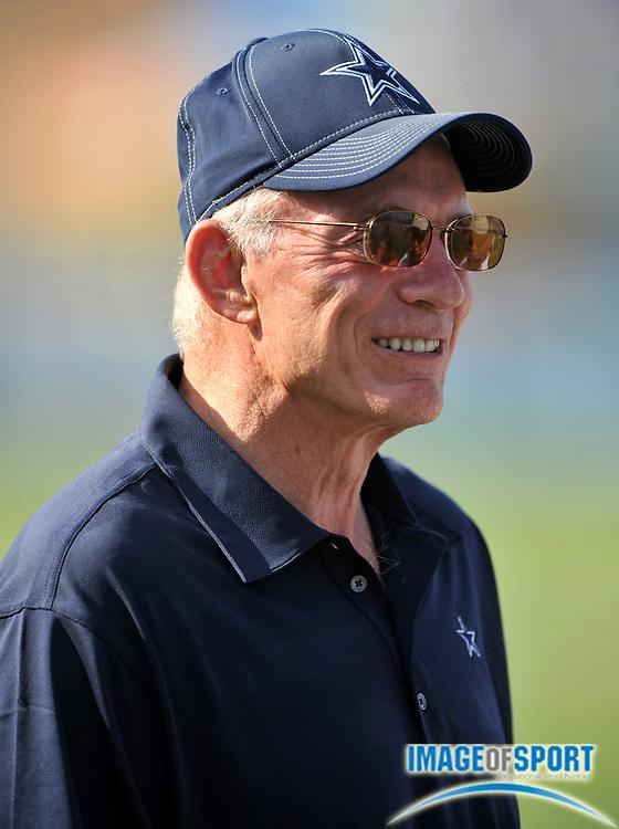 Jul 28, 2008; Oxnard, CA, USA; Dallas Cowboys owner Jerry Jones at training camp at River Ridge Field at Residence Inn by Marriott. Mandatory Credit: Kirby Lee/Image of Sport-US PRESSWIRE