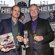 NLD/Amsterdam/20150202 - Presentatie sportblad Helden 25, Frank de Boer en Guus Hiddink