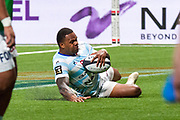 Virimi Vakatawa (rac) scored a try during the French Championship Top 14 Rugby Union match between Racing 92 and RC Toulon on April 8, 2018 at U Arena in Nanterre, France - Photo Pierre Charlier / ProSportsImages / DPPI