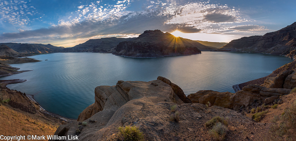 Sunset over Lake Owyhee in Eastern Oregon.