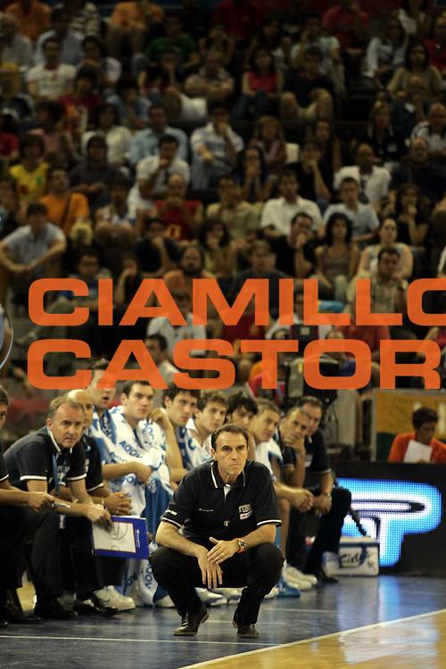 DESCRIZIONE : Madrid Spagna Spain Eurobasket Men 2007 Italia Lituania Itlay Lithuania <br /> GIOCATORE : Carlo Recalcati <br /> SQUADRA : Nazionale Italia Uomini <br /> EVENTO : Eurobasket Men 2007 Campionati Europei Uomini 2007 <br /> GARA : Italia Lituania Italy Lithuania <br /> DATA : 08/09/2007 <br /> CATEGORIA : <br /> SPORT : Pallacanestro <br /> AUTORE : Ciamillo&amp;Castoria/H.Bellenger <br /> Galleria : Eurobasket Men 2007 <br /> Fotonotizia : Madrid Spagna Spain Eurobasket Men 2007 Italia Lituania Italy Lithuania <br /> Predefinita :