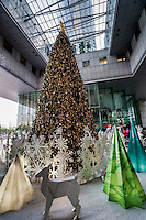Christmas Tree @ UOB Plaza, Downtown