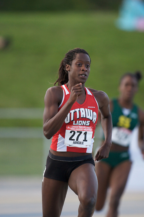 London, Ontario ---04/07/08--- Esther Akinsulie competes at the 2008 Canadian Track and Field Championships in Windsor, Ontario.Claus Anderson Mundo Sport Images