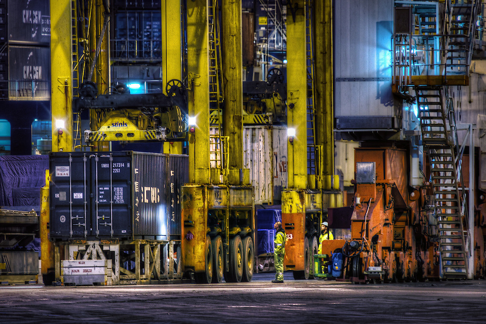 Melbournes docks and stevedores. Pic By Craig Sillitoe CSZ/The Sunday Age.15/6/2011  Pic By Craig Sillitoe CSZ / The Sunday Age melbourne photographers, commercial photographers, industrial photographers, corporate photographer, architectural photographers, This photograph can be used for non commercial uses with attribution. Credit: Craig Sillitoe Photography / http://www.csillitoe.com<br />