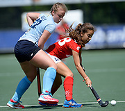 Monkstown's Suzanne Kelly challenges with Complutense's Berta Agullo during their 2nd game of the EHCC 2017 at Den Bosch HC, The Netherlands, 4th June 2017