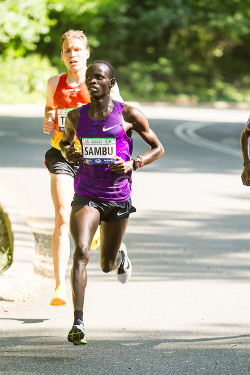 UAE Healthy Kidney 10K, Sambu leads True late in race