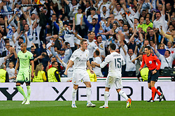 Toni Kroos and Daniel Carvajal of Real Madrid celebrate after Real Madrid win 1-0 to progress for the Champions League Final - Mandatory byline: Rogan Thomson/JMP - 04/05/2016 - FOOTBALL - Santiago Bernabeu Stadium - Madrid, Spain - Real Madrid v Manchester City - UEFA Champions League Semi Finals: Second Leg.