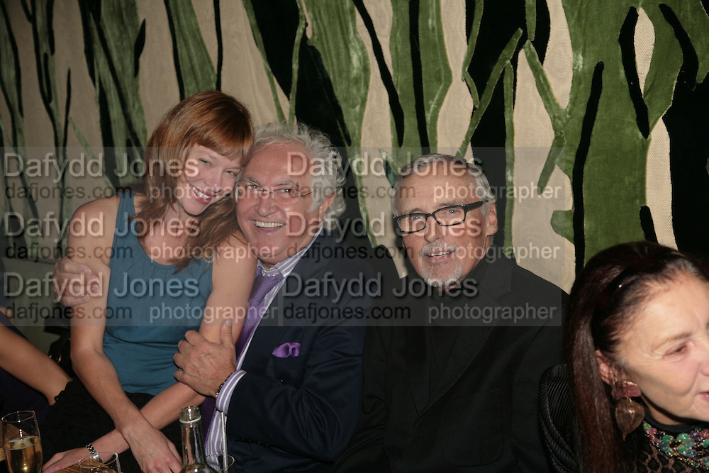 KEVEN DUFFY, TONY SHAFRAZI AND DENNIS HOPPER, Party hosted by Larry Gagosian at Nobu, Berkeley St. London. 9 October 2007. -DO NOT ARCHIVE-© Copyright Photograph by Dafydd Jones. 248 Clapham Rd. London SW9 0PZ. Tel 0207 820 0771. www.dafjones.com.