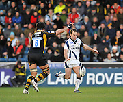 Wycombe, GREAT BRITAIN, Sales' Charlie HODGSON, kicks clear, during the Guinness Premiership match,  London Wasps vs Sale Sharks at Adam's Park Stadium, Bucks, on Sun 23.11.2008. [Photo, Peter Spurrier/Intersport-images]