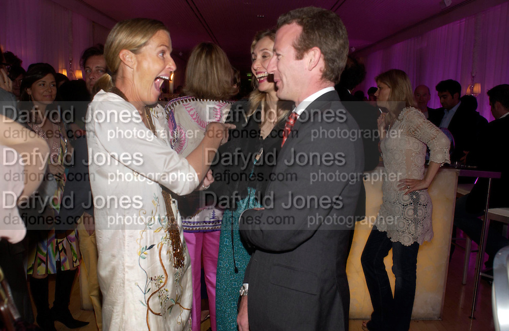 India Hicks, Allegra Hicks and Ashley Hicks. An evening in aid of cancer charity Clic Sargent held at the Sanderson Hotel, Berners Street, London on 4th July 2005ONE TIME USE ONLY - DO NOT ARCHIVE  © Copyright Photograph by Dafydd Jones 66 Stockwell Park Rd. London SW9 0DA Tel 020 7733 0108 www.dafjones.com