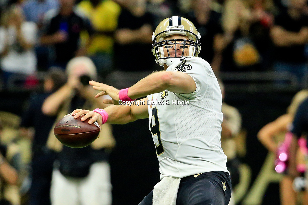 Oct 16, 2016; New Orleans, LA, USA; New Orleans Saints quarterback Drew Brees (9) throws against the Carolina Panthers during the second quarter of a game at the Mercedes-Benz Superdome. Mandatory Credit: Derick E. Hingle-USA TODAY Sports