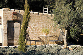 Mediterranean Garden 554