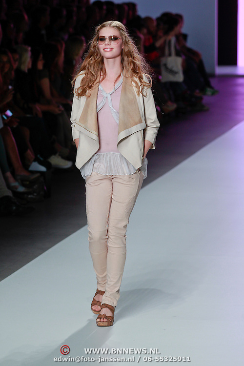NLD/Amsterdam/20110717 - AIFW 2011 Summer, show 2Love Tony Cohen,