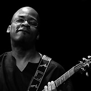 Lionel Loueke, Herbie Hancock Group, Guitar