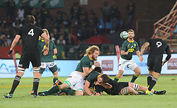 Pretoria, Loftus Versveld Stadium. Rugby Championship. South African Springboks vs New Zealand All Blacks.  06-10-18 Springbok player RG Snyman passes the ball to Willie le Roux.<br /> Picture: Karen Sandison/African News Agency(ANA)