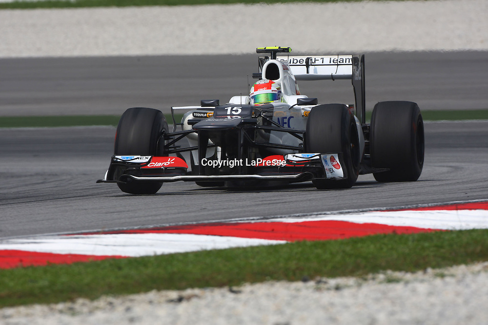 &copy; Photo4 / LaPresse<br /> 23/3/2012 Sepang<br /> Malaysian Grand Prix, Sepang 2012<br /> In the pic: Sergio Perez, Sauber F1 Team, C31