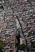 Nederland, Groningen, Groningen Stad, 08-09-2009; omgeving Der Aa-kerk met .achter de kerk de Korenbeurs en markt op de Vismarkt. Linksboven Grote Markt met Stadhuis en Martinitoren, .Der Aa-area church, behind the church de Korenbeurs (Grain Exchange) and market on the Fish Market. Top left: Grote markt with City Hall .luchtfoto (toeslag); aerial photo (additional fee required); .foto Siebe Swart / photo Siebe Swart