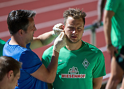 01.07.2015, Weserstadion, Bremen, GER, 1. FBL, SV Werder Bremen, Trainingsauftakt, im Bild Philipp Bargfrede (SV Werder Bremen #44) bei der Blutabnahme vor dem Laktattest // during a Trainingssession of German Bundesliga Club SV Werder Bremen at the Weserstadion in Bremen, Germany on 2015/07/01. EXPA Pictures &copy; 2015, PhotoCredit: EXPA/ Andreas Gumz<br /> <br /> *****ATTENTION - OUT of GER*****