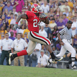 25 October 2008:  Georgia running back Knowshon Moreno #24 high steps down the field on a 68-yard touchdown run during the third quarter of a Georgia Bulldogs 52-38 victory over the LSU Tigers game at Tiger Stadium in Baton Rouge, LA.