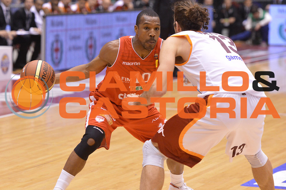 DESCRIZIONE : Milano Coppa Italia Final Eight 2013 semifinale Cimberio Varese Acea Roma<br /> GIOCATORE :  Mike Green<br /> CATEGORIA : marketing<br /> SQUADRA : Cimberio Varese<br /> EVENTO : Beko Coppa Italia Final Eight 2013<br /> GARA : Cimberio Varese Acea Roma<br /> DATA : 09/02/2013<br /> SPORT : Pallacanestro<br /> AUTORE : Agenzia Ciamillo-Castoria/GiulioCiamillo<br /> Galleria : Lega Basket Final Eight Coppa Italia 2013<br /> Fotonotizia : Milano Coppa Italia Final Eight 2013 semifinale Cimberio Varese Acea Roma<br /> Predefinita :