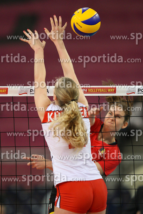 04.01.2014, Atlas Arena, Lotz, POL, FIVB, Damen WM Qualifikation, Belgien vs Schweiz, im Bild Els VANDESTEENE (BEL), Laura KUENZLER (SUI) // Els VANDESTEENE (BEL), Laura KUENZLER (SUI) during the ladies FIVB World Championship qualifying match between Belgium and Switzerland at the Atlas Arena in Lotz, Poland on 2014/01/05. EXPA Pictures &copy; 2014, PhotoCredit: EXPA/ Newspix/ Tomasz Jastrzebowski<br /> <br /> *****ATTENTION - for AUT, SLO, CRO, SRB, BIH, MAZ, TUR, SUI, SWE only*****