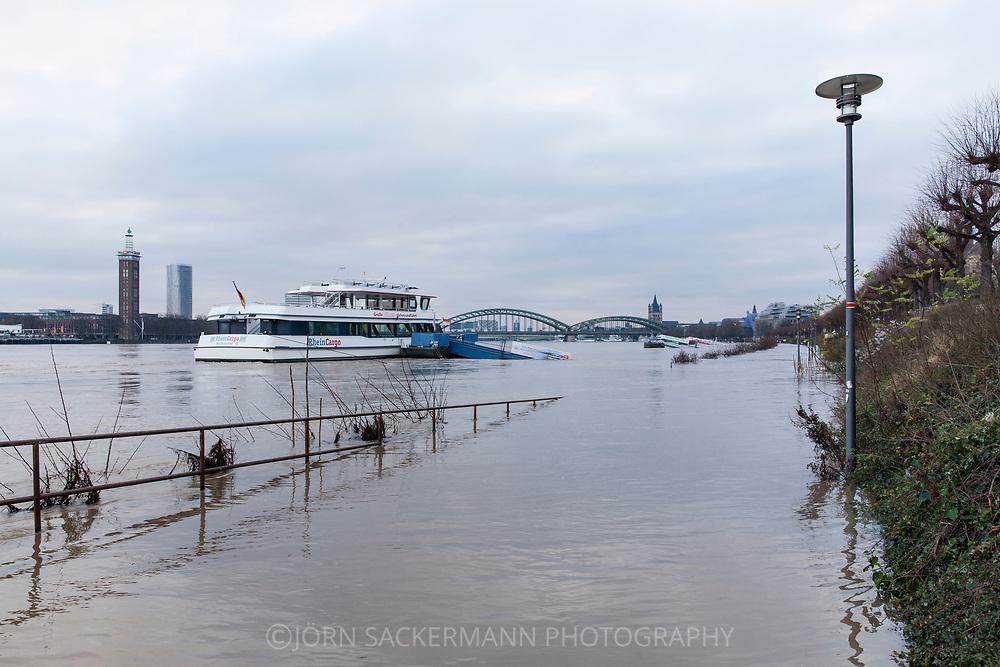 Cologne, Germany, 8. January 2018, flood of the river Rhine, on the left the district Deutz.<br /> <br /> K&ouml;ln, Deutschland, 8. Januar 2018, Hochwasser des Rheins, links der Stadtteil Deutz.