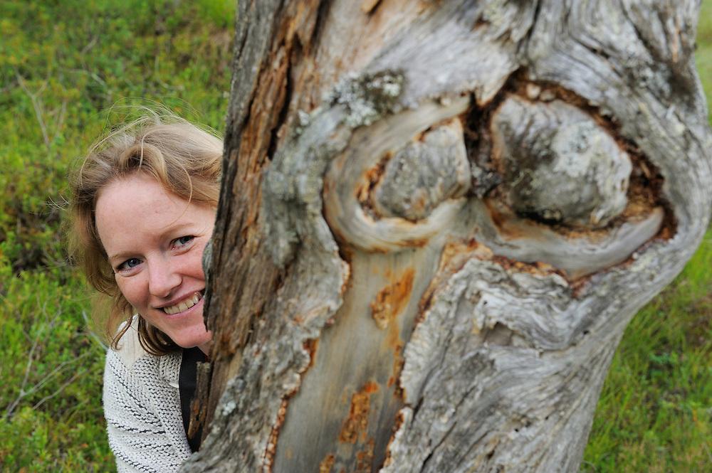 Bridget Wijnberg, UK, on Bear watching trip, Kuhmo, Finland