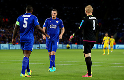 Kasper Schmeichel of Leicester City talks with defenders Wes Morgan and Robert Huth - Mandatory by-line: Matt McNulty/JMP - 27/09/2016 - FOOTBALL - King Power Stadium - Leicester, England - Leicester City v FC Porto - UEFA Champions League
