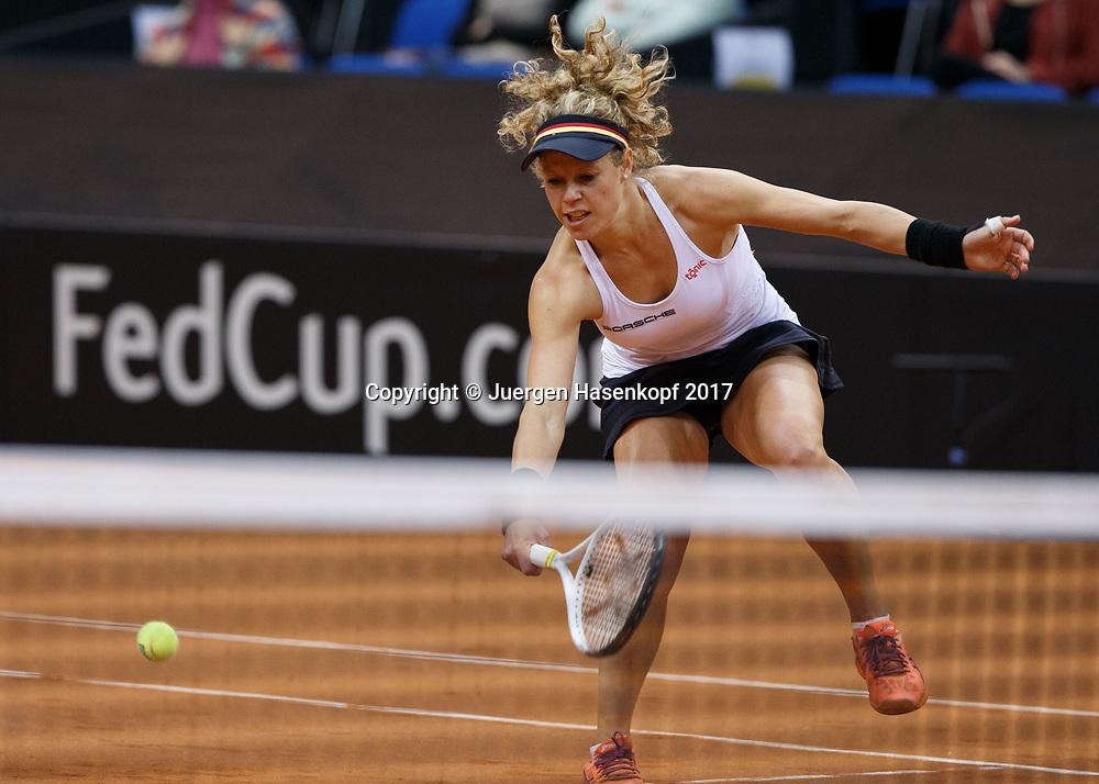 GER-UKR, Deutschland - Ukraine, <br /> Porsche Arena, Stuttgart, internationales ITF  Damen Tennis Turnier, Mannschafts Wettbewerb,<br /> Team German Doppel: LAURA SIEGEMUND