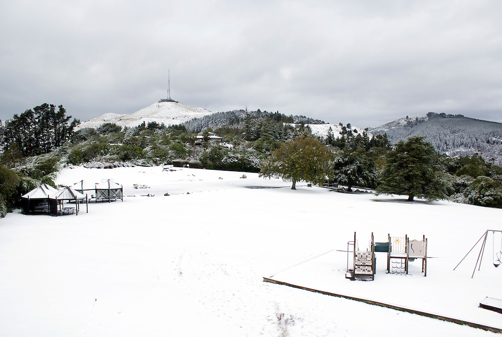 Snow blankets the ground as the season's first snowfall on the Port Hills, Christchurch, New Zealand, Tuesday, April 14, 2015. Credit:SNPA / Sam Hoeflich