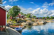 Bryggan vid Rödlöga i Stockholms ytterskärgård Roslagen