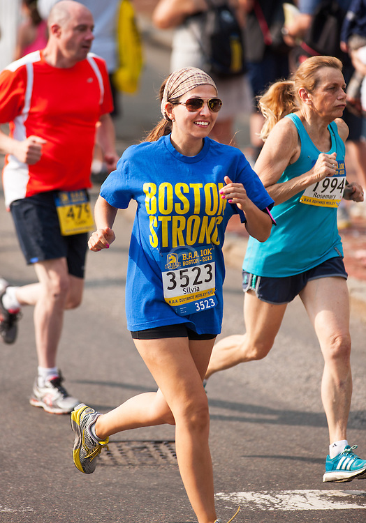 Boston Athletic Association 10K road race: Wong, Silvia