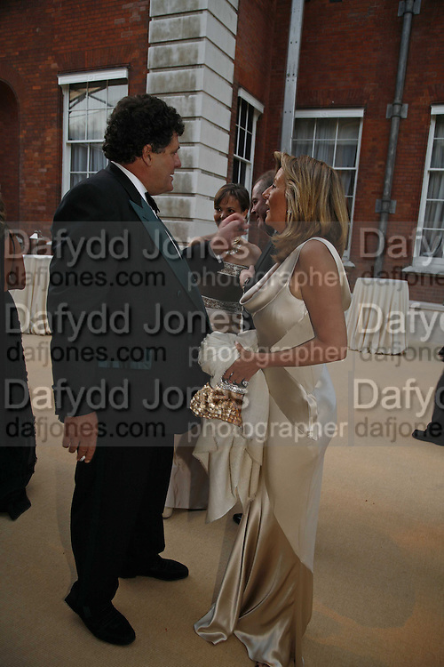 Tim Hoare and PRINCESS CHANTAL OF HANOVER, in centre Ark Gala Dinner, Marlborough House, London. 5 May 2006. ONE TIME USE ONLY - DO NOT ARCHIVE  © Copyright Photograph by Dafydd Jones 66 Stockwell Park Rd. London SW9 0DA Tel 020 7733 0108 www.dafjones.com