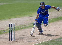 Otago Volts' Neil Wagner narrowly avoids being run out by Canterbury in the Ford Trophy one-day domestic cricket match at the University of Otago Oval, Dunedin, New Zealand, Saturday, January 27, 2018. Credit:SNPA / Adam Binns ** NO ARCHIVING**