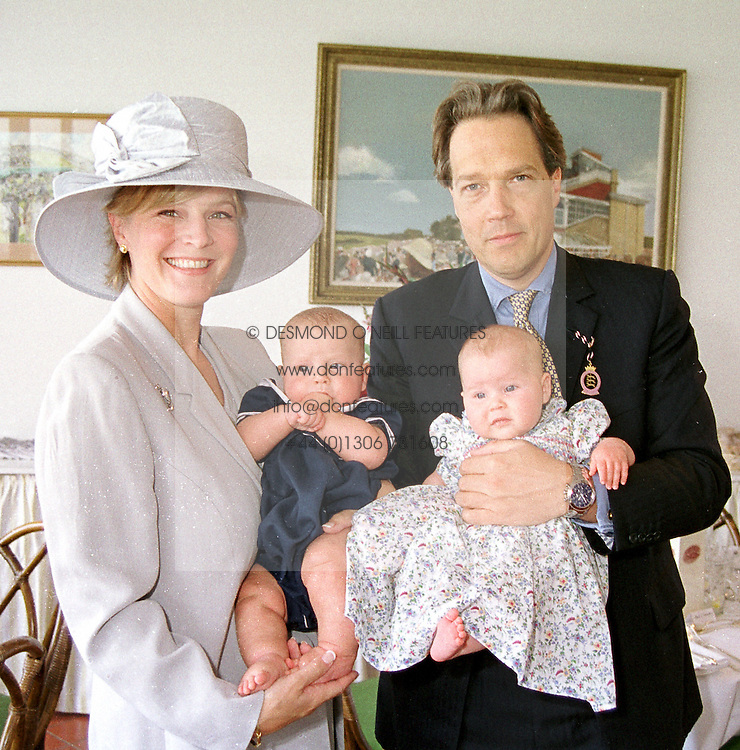 The EARL & COUNTESS OF MARCH and their new twins left FREDDIE and right ELOISE, at a race meeting in Sussex on 4th August 2000.OGO 8