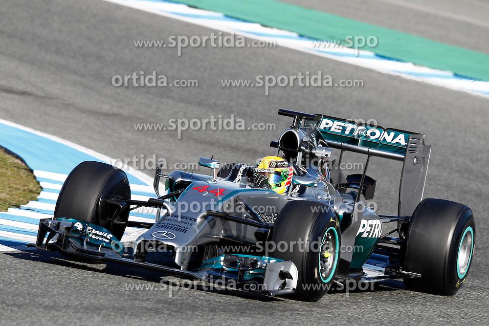 Motorsports: FIA Formula One World Championship 2014, Tests in Jerez de la Frontera, Lewis Hamilton (GBR, Mercedes AMG Petronas F1 Team) *** Local Caption *** © pixathlon