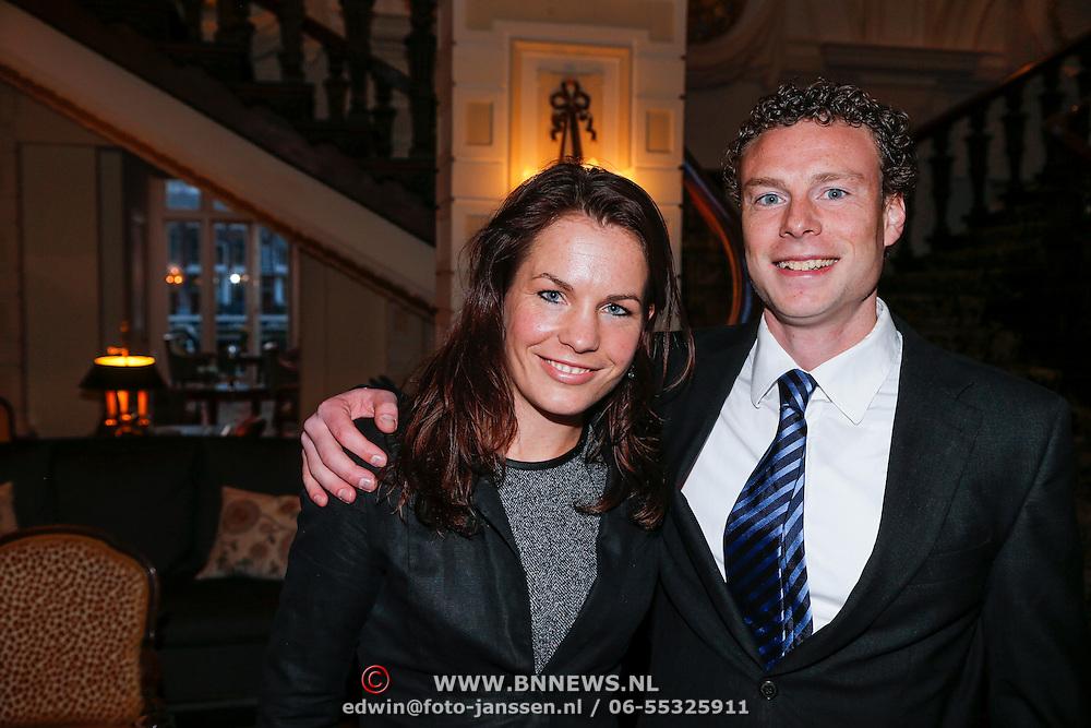 NLD/Amsterdam/20130327 - Inloop Schaatsgala 2012, Diana Valkenburg en partner