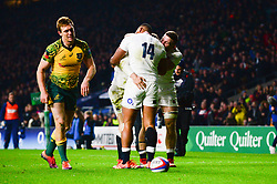 Elliot Daly of England celebrates scoring a try with team mates - Mandatory by-line: Dougie Allward/JMP - 24/11/2018 - RUGBY - Twickenham Stadium - London, England - England v Australia - Quilter Internationals