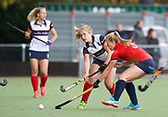 HUIZEN/NAARDEN - 2017 Hoofdklasse dames<br /> Huizer HC  vs Nijmegen 3-1<br /> Foto: Fleur de Waard duel met Tessa Verweijen.<br /> WORLDSPORTPICS COPYRIGHT FRANK UIJLENBROEK