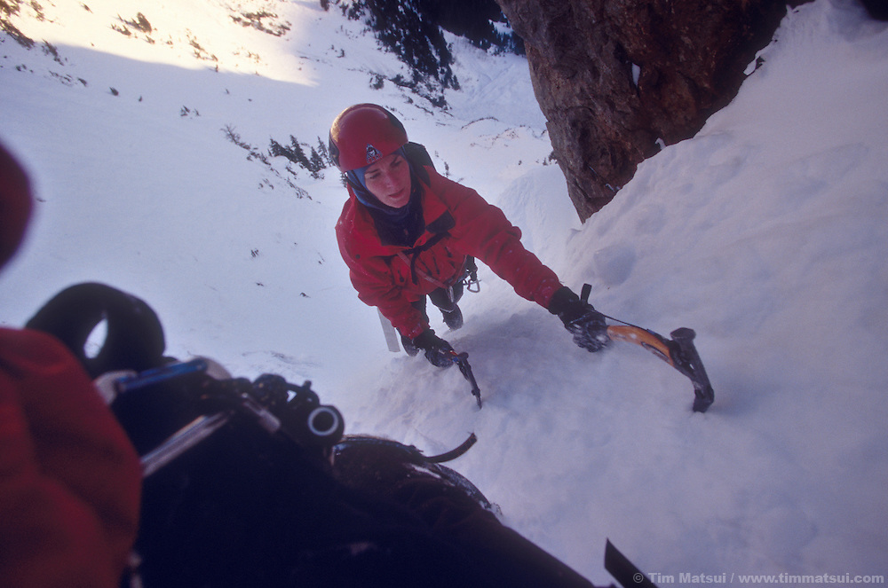 Kristie Arend climbs Spindrift Couloir, Big Four Mountain, WA.