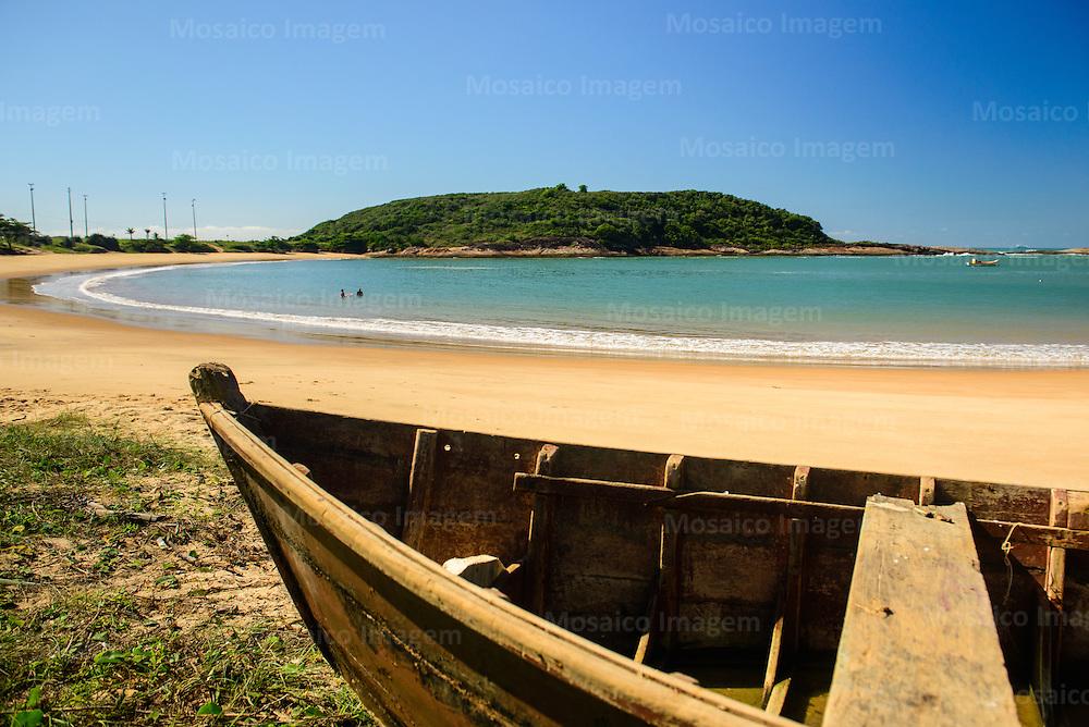 Brasil - Guarapari - Espirito Santo - Vista da Praia da Bacutia, Enseada Azul na Cidade de Guarapari - Foto: Gabriel Lordello/ Mosaico Imagem