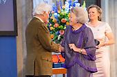 Prinses Beatrix reikt Zilveren Anjers 2019 uit