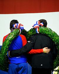 28-12-2010 SCHAATSEN: KPN NK ALLROUND EN SPRINT: HEERENVEEN<br /> Nederlands kampioenen sprint Margot Boer en Stefan Groothuis<br /> ©2010-WWW.FOTOHOOGENDOORN.NL