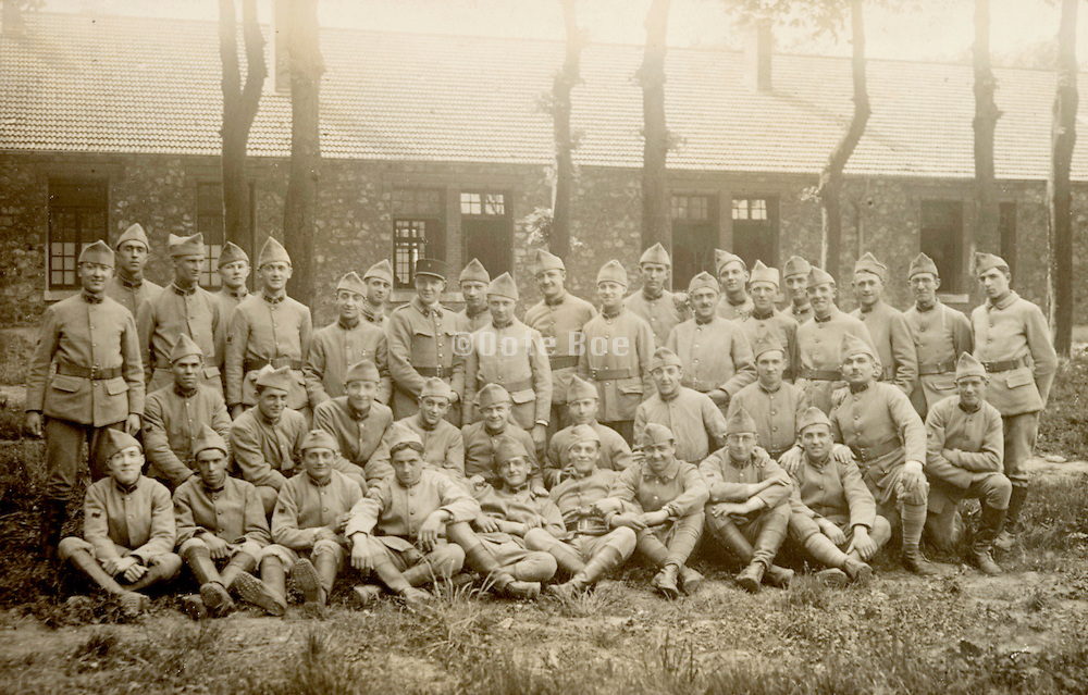 vintage group photo of French soldiers