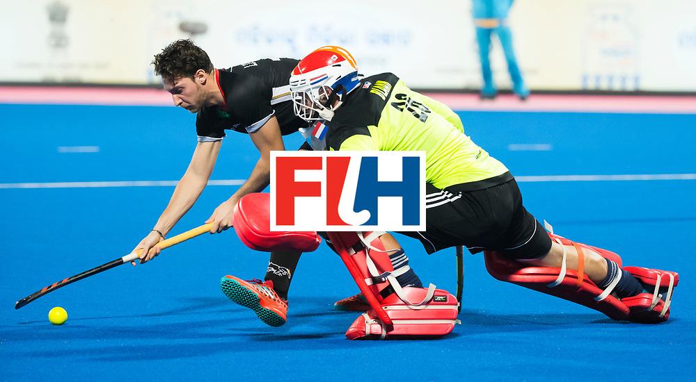 BHUBANESWAR - Rkeeper Pirmin Blaak (Ned) tijdens de Hockey World League Finals , de kwartfinale wedstrijd Duitsland-Nederland (3-3).Duitsland wint na shoot-outs.    COPYRIGHT KOEN SUYK