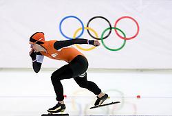 09-02-2014 SCHAATSEN: OLYMPIC GAMES: SOTSJI<br /> Ireen Wüst reed in de Adler Arena op de 3000 meter naar goud.<br /> ©2014-FotoHoogendoorn.nl<br />  / Sportida