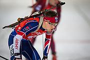 &Ouml;STERSUND, SVERIGE - 2017-12-02: Scott Dixon under herrarnas sprint t&auml;vling under IBU World Cup Skidskytte p&aring; &Ouml;stersunds Skidstadion den 2 december 2017 i &Ouml;stersund, Sverige.<br /> Foto: Johan Axelsson/Ombrello<br /> ***BETALBILD***