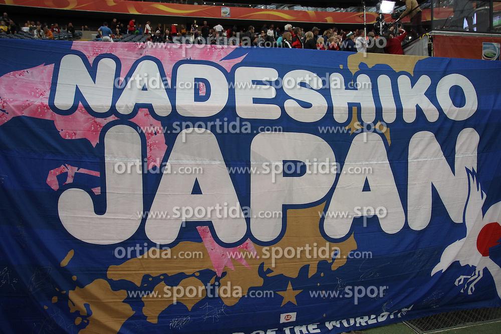 13.07.2011, Commerzbank Arena, Frankfurt, GER, FIFA Women Worldcup 2011, Halbfinale,  Japan (JPN) vs. Schweden (SWE), im Bild Plakat von Japanischen Fans.. // during the FIFA Women´s Worldcup 2011, Semifinal, Japan vs Sweden on 2011/07/13, Commerzbank Arena, Frankfurt, Germany.   EXPA Pictures © 2011, PhotoCredit: EXPA/ nph/  Mueller       ****** out of GER / CRO  / BEL ******