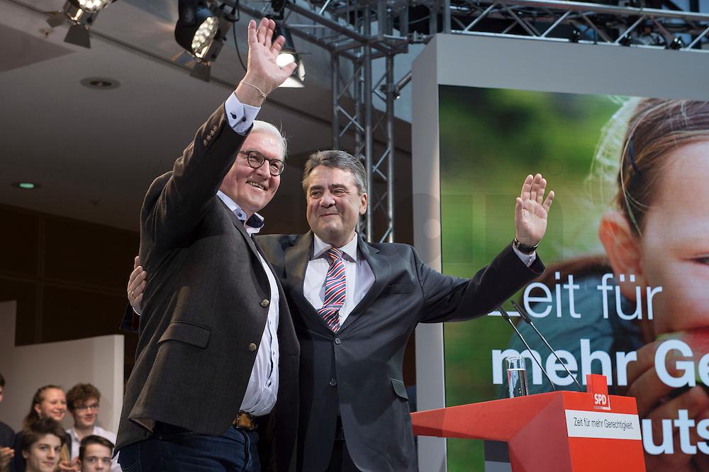 29 JAN 2016, BERLIN/GERMANY:<br /> Frank-Walter Steinmeier (L), SPD, Kandidat fuer das Amt des Bundespraesidenten, und Sigmar Gabriel (R), SPD, scheidender Parteivorsitzender und Bundesaussenminister, Vorstellung von Martin Schulz als Kanzlerkandidat der SPD zur Bundestagswahl, nach der Nominierung durch den SPD-Parteivorstand, Willy-Brandt-Haus<br /> IMAGE: 20170129-01-012